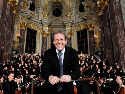 Wolfgang Amadeus Mozart: Requiem – Domkantor Tobias Bromann