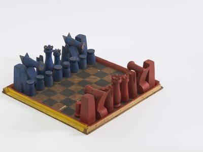 Alexander Calder, Schachspiel, um 1944, Holz, bemalt, 45,7 x 45,7 cm (Brett), Calder Foundation, New York; Mary Calder Rower Bequest, 2011
