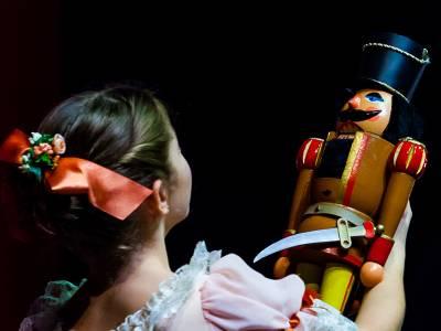 Kinder tanzen: Der Nussknacker – Kinder Ballett Kompanie Berlin Yan Revazov / KBKB