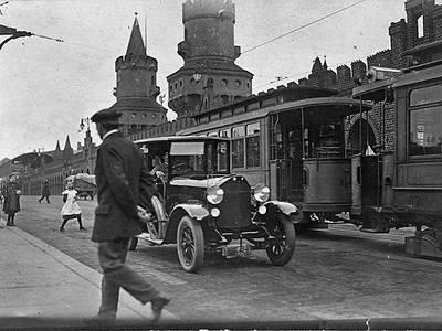 Oberbaumbrücke 1921 – Oberbaumbrücke 1921, Landesarchiv Berlin, F Rep. 290 (02) Nr. 0230104 / Fotograf: Alfred Fleischmann