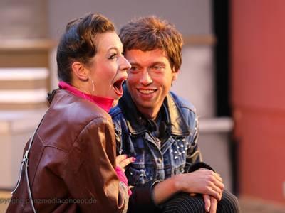 Bonnie und Clyde…denn sie wissen nicht, wo sie sind! – Sommer Open Air im Amphitheater