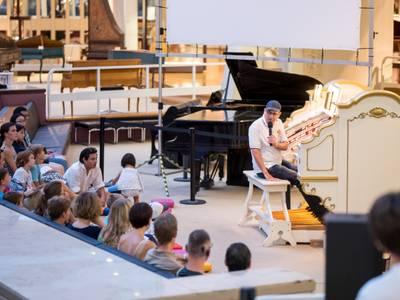 Jörg Joachim Riehle präsentiert die Mighty Wurlitzer-Theaterorgel – Jörg Joachim Riehle präsentiert die Mighty Wurlitzer-Theaterorgel