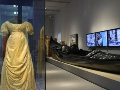 """Ansicht der Dauerausstellung """"Kulturkontakte. Leben in Europa"""", 2011"""