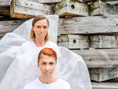 Globe Berlin / Maria Stuart – Wiebke Acton / Saskia von Winterfeld