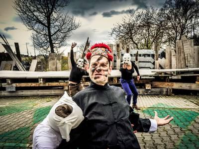 Globe Berlin / Es lebe Europa – vorn: Uwe Neumann